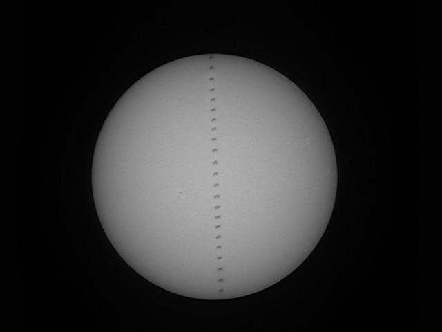 Transit d'ISS devant le Soleil